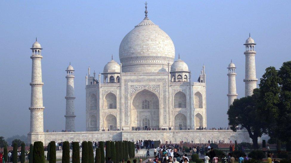 Taj Mahal Agree at Sunset India