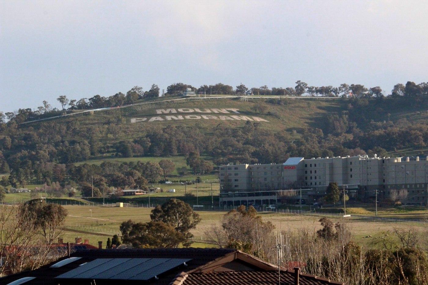 Mt Panorama Bathurst NSW Car Racing